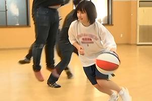 【朗報】インターハイ出場経験もあるバスケ女子大生『小泉まり』デビュー