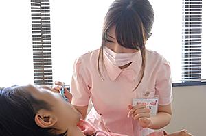 スカウトよくやった!プロのAV男優も認めたHカップの現役歯科衛生士AVデビュー!