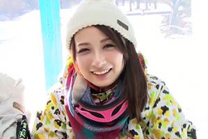 【MM号】72時間かけて見つけた雪のゲレンデより真っ白な肌したスノボ美少女