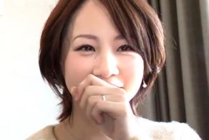 (シロウト)TBS・膳場アナ似のモデル妻が6年ぶりのsexに高揚して涙…