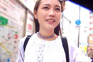 (キャッチ)美10代小娘王国台湾のアジアンビューティー女子大学生に生ナカ出し☆