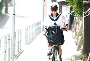 学校への坂道☆高校時代、純粋娘を貫いた純潔10代小娘が大人になる瞬間