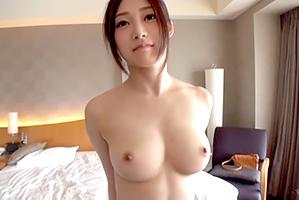 超最高に美しい体☆衝撃的透明感と天然物物美美巨乳を併せ持つ熊本小娘