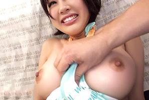(海キャッチ)湘南ビーチで一番イイ乳してた女子大学生とカーsex☆
