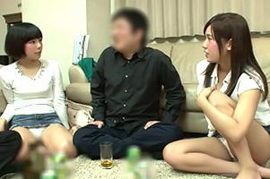 (一部始終)宅飲みで頬を赤らめガードが緩む美巨乳女子大学生と4P☆