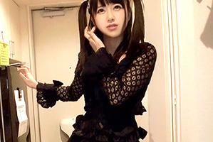 (シロウトキャッチ)終電逃した少女美巨乳専門学生を家まで送ってヤる☆