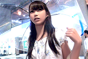(シロウト)秋雨の渋谷でキャッチした物凄い美しい乳の販売員をハメドリ☆