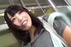 (東京駅キャッチ)瞳がクリトリスクリトリスのロケット乳工場員をHOTELでハメドリ☆