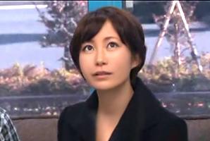 (MM号)愛するダンナの前でガン突きされるアナウンサー系のモデル主婦