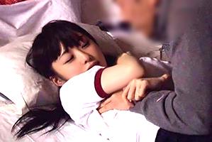 マネジャーも雑魚寝のBUSケ部夏合宿でよばいされる1年生マネ☆