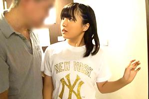(買春)台湾で現地調達したアジアン美10代小娘に即尺させてナカ出し☆