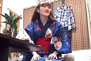 (隠し撮り)夏祭りでキャッチした桃色チクビの美しい乳保育士とSEX☆