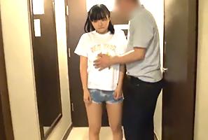 バンコクでJAPAN人に1500タイバーツ(4500円)で買われるタイ小娘