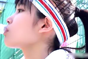 コートで視線を集めるテニス美10代小娘を催眠術でやりたい放題犯す☆