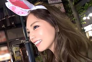 (シロウト)渋谷ハロウィンでキャッチした博多弁で喘ぐモデルうさみみガール
