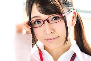 加藤ももか 入社1年目☆AVメーカー女子店員最年少宣伝部AV出演☆