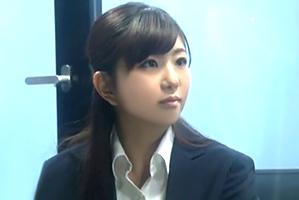 (シロウト)読売・黒木アナ似のメーカー社内レディーが賞カネ欲しさに同期とsex☆