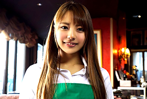 河南実里 カフェで働くモデル女子大学生のバイト帰りを狙って3H本番☆