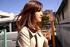 (シロウト)B93-W56-H89☆お母ちゃん友とのランチ帰りのGカップ妻をキャッチ☆
