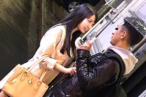 (秘密撮影ドキュメント)梅雨の合コンでロケット乳Hカップ女子大学生お持ち帰り☆