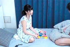 (秘密撮影)負けたら脱ぐ☆キャッチした純粋美10代小娘をGAMEで脱がせてH☆