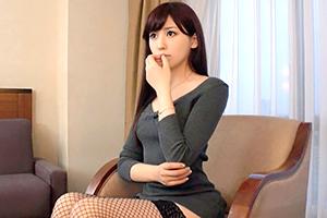 (シロウト)ルックスもスタイルも高レベル☆空港内に勤務するSS級モデル