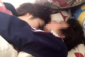 「橋下×羽鳥」出演の現役あいどる(21)、彼とのベッド写真流出…